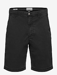 Calvin Klein Jeans - WASHED FESTIVAL SHORT - chino's shorts - ck black - 0