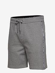 Calvin Klein Jeans - SIDE LOGO HWK SHORT - casual shorts - mid grey heather - 2