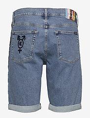 Calvin Klein Jeans - SLIM SHORT - farkkushortsit - light blue - 1