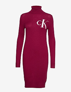 MONOGRAM TN SWEATER - BEET RED