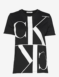 MIRRORED MONOGRAM STRAIGHT TEE - CK BLACK