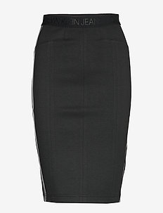COATED FITTED MILANO SKIRT - CK BLACK