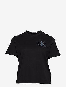 PLUS BACK INSTITUTIO - t-shirts - ck black