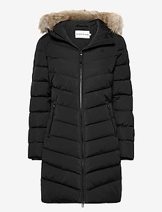 LONG DOWN FITTED PUFFER - dunkåper - ck black