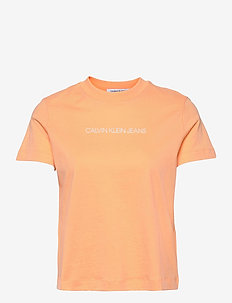 SHRUNKEN INSTITUTIONAL TEE - t-shirts - crushed orange