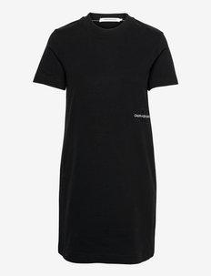 OFFPLACED MONOGRAM T-SHIRT DRESS - sukienki na codzień - ck black