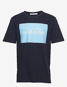 71be7a015 Calvin Klein Jeans Men | Stort utbud av nya styles | Boozt.com