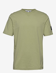 MONOGRAM SLEEVE BADGE REG TEE - perus t-paidat - earth sage
