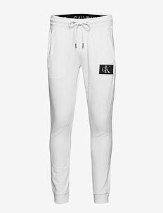 MONOGRAM PATCH HWK PANT - jogginghosen - bright white