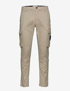 SKINNY WASHED CARGO PANT - cargo pants - plaza taupe