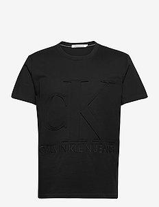 EMBOSSED REGULAR FIT TEE - basic t-shirts - ck black