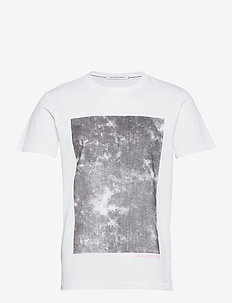 CLOUD PHOTOPRINT TEE - kortermede t-skjorter - bright white