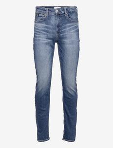SLIM TAPER - slim jeans - denim medium