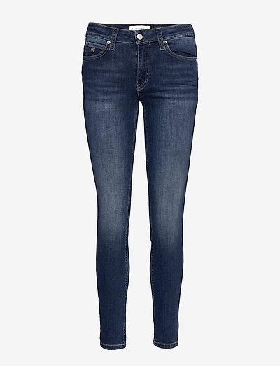 CKJ 011 MID RISE SKINNY - skinny jeans - zz001 mid blue