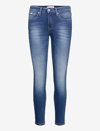 MID RISE SKINNY ANKLE - skinny jeans - denim medium