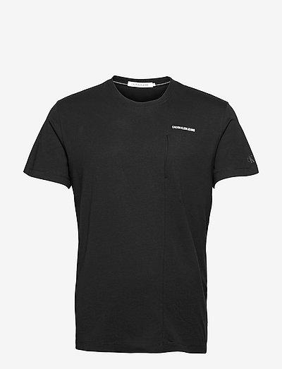HORIZONTAL MICRO SIDE POCKET TEE - basic t-shirts - ck black