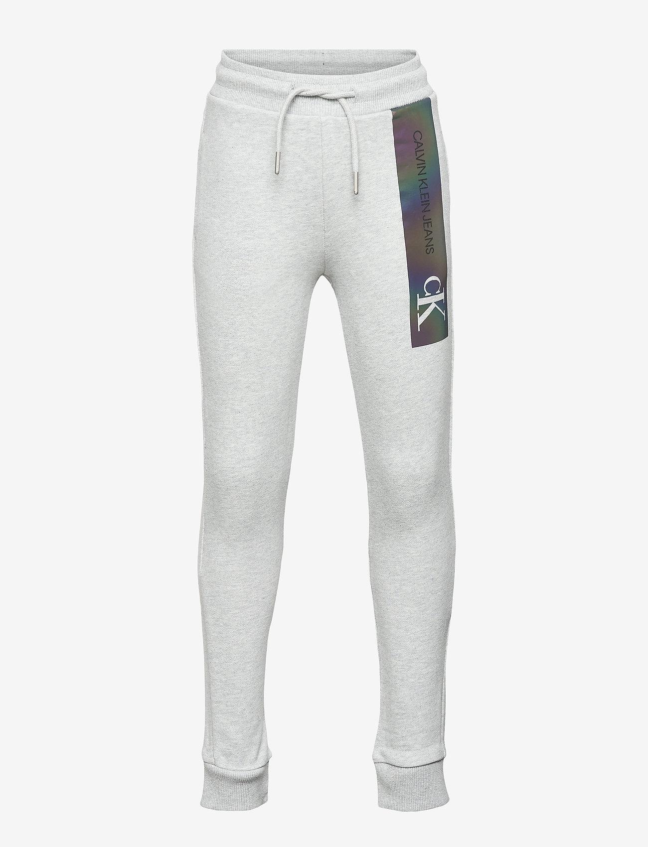 Calvin Klein - REFLECTIVE LOGO SLIM FIT PANTS - jogginghosen - light grey heather - 0