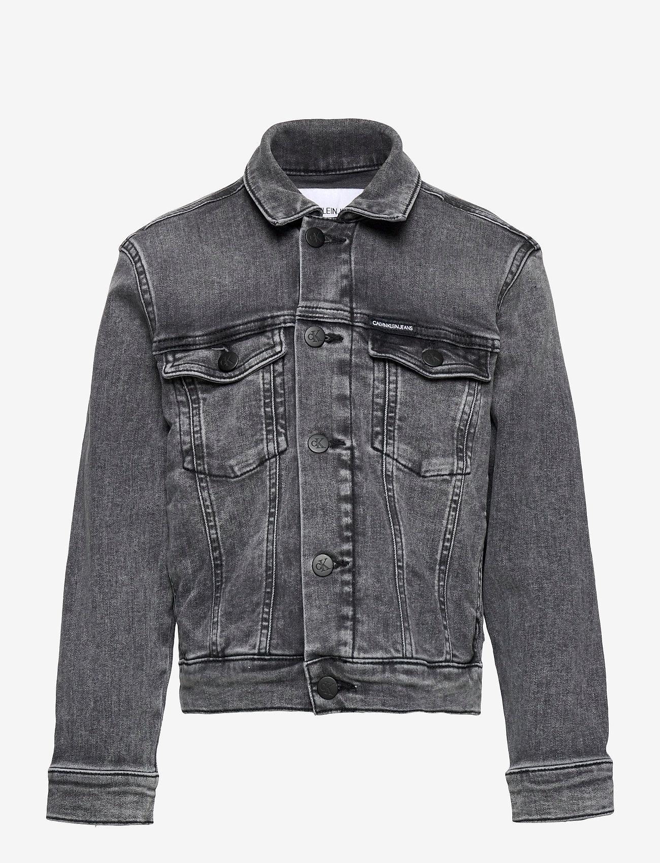 Calvin Klein - TRUCKER JACKET MN DARK W GR STR - jeansjacken - monogram dark wash grey stretch - 0