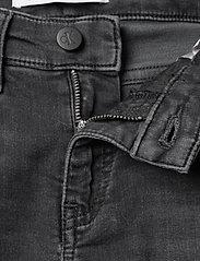 Calvin Klein - SLIM - ATH WASH BLACK STR - jeans - athletic wash black stretch - 3