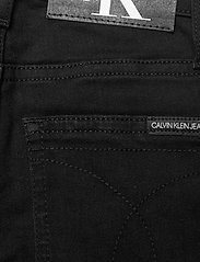 Calvin Klein - SKINNY CL BLK STR - jeans - clean black stretch - 4