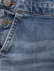 Calvin Klein - DUNGAREE DRESS MNGR - jurken - monogram powdery comfort - 3