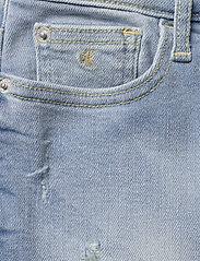Calvin Klein - SKIRT LUSTER BL DST - spódnice - luster blue destructed stretch - 2