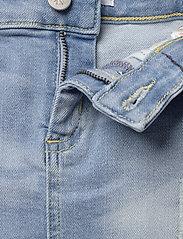 Calvin Klein - SKIRT LUSTER BL DST - spódnice - luster blue destructed stretch - 3