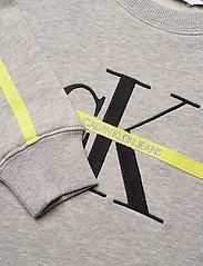 Calvin Klein - MONOGRAM STRIPE SWEATSHIRT - sweatshirts - light grey heather - 4