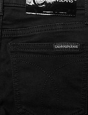 Calvin Klein - SKINNY HR CLEAN BLK STR - jeans - clean black stretch - 4