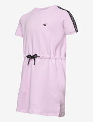 Calvin Klein - LOGO TAPE SLEEVE DRESS - kleider - lavender pink - 2