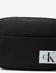 Calvin Klein - MONOGRAM BADGE WAISTBAG - tragetaschen & kleine taschen - ck black - 3