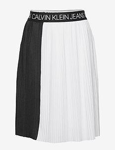 PLISSE KNITTED COLOR - skirts - ck black