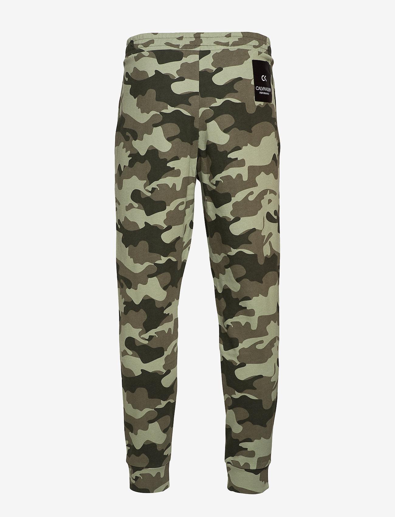 Calvin Klein Performance - KNIT PANTS - sweatpants - grape leaf camo - 1