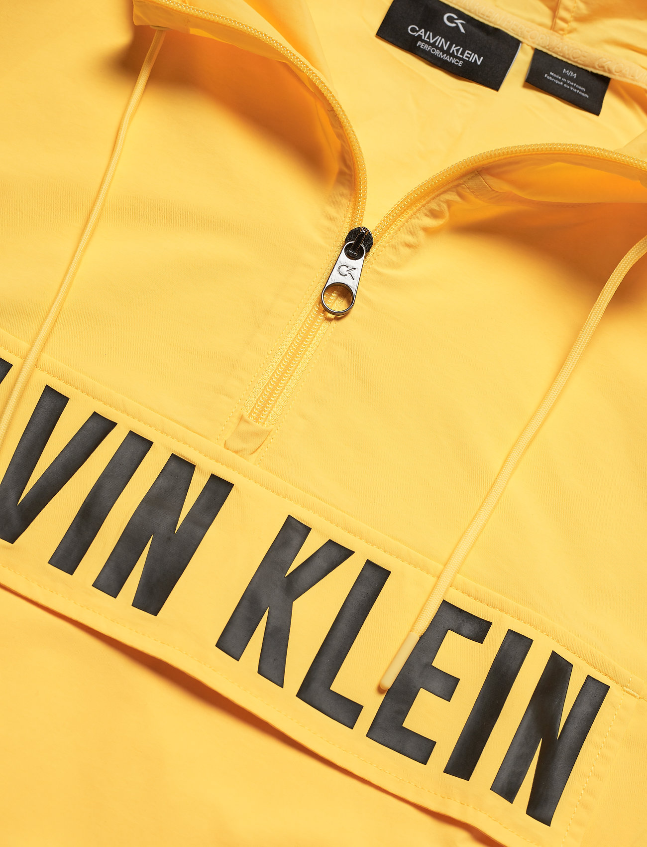 1/2 Zip Woven Jacket (Goldfinch) (910 kr) - Calvin Klein Performance