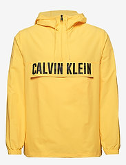Calvin Klein Performance - 1/2 ZIP WOVEN JACKET - anoraks - goldfinch - 0
