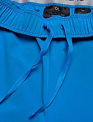 "Calvin Klein Performance - 7"" Woven Shorts - sports shorts - imperial blue - 5"