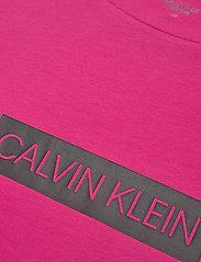 Calvin Klein Performance - SHORT SLEEVE T-SHIRT - t-shirts - beetroot purple - 2