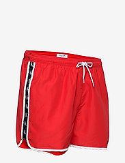 Calvin Klein - SHORT RUNNER - shorts de bain - fierce red - 3