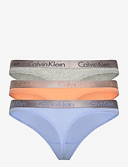 Calvin Klein - THONG 3PK - stringi - grey heather/pale blue/flambe - 7