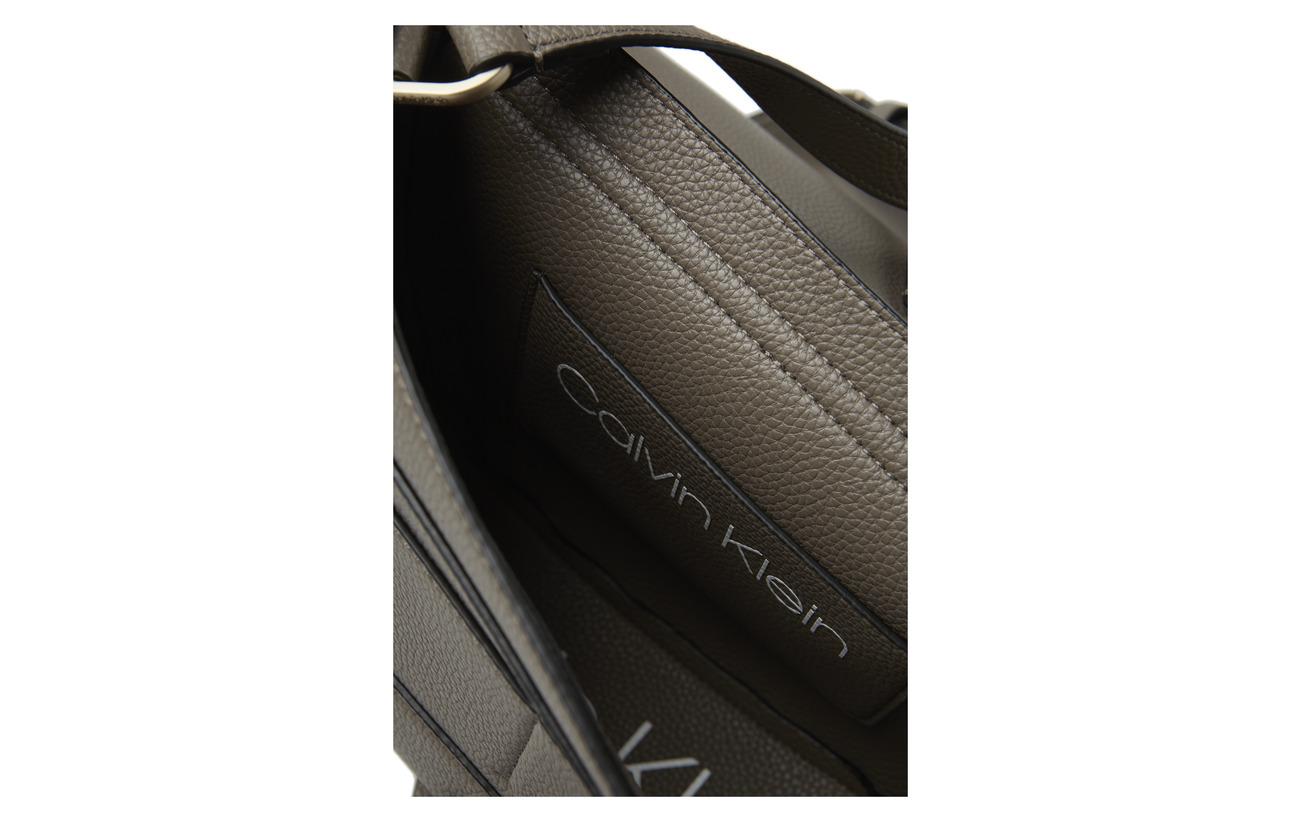 Rouge Medium Saddle Polyurethane Neat Calvin 100 Klein wqZxIxRE