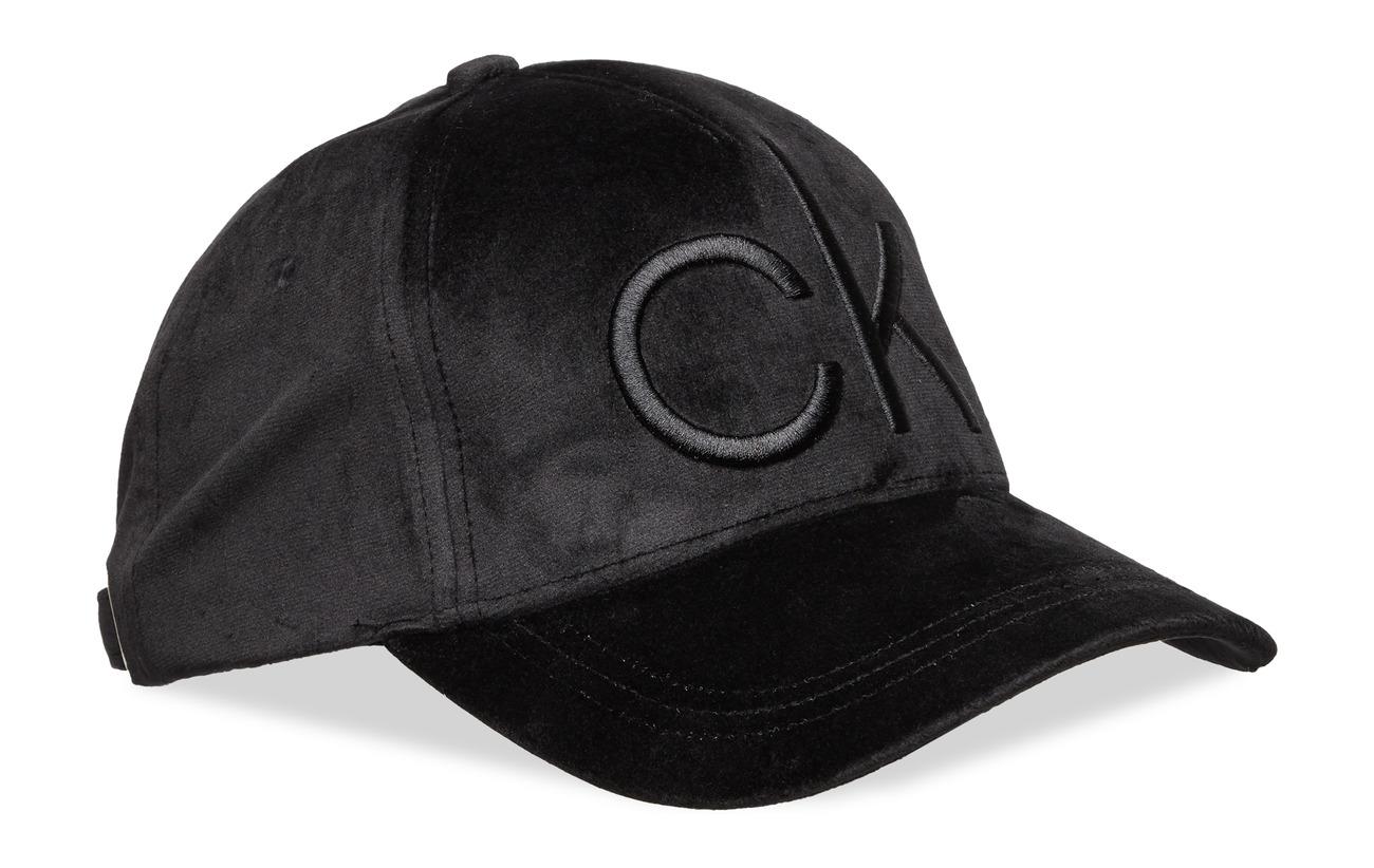 Calvin Klein CK VELVET BASEBALL C - BLACK