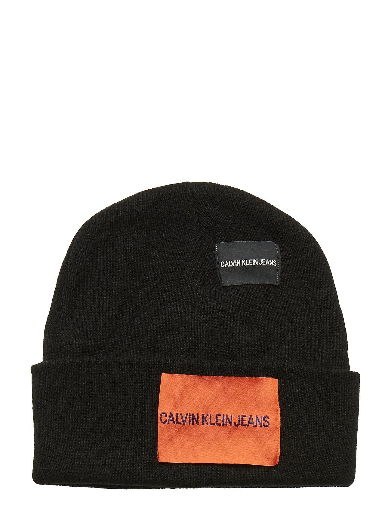 4fb8551df4a Calvin Klein J Patches Beanie M (Black Beauty)
