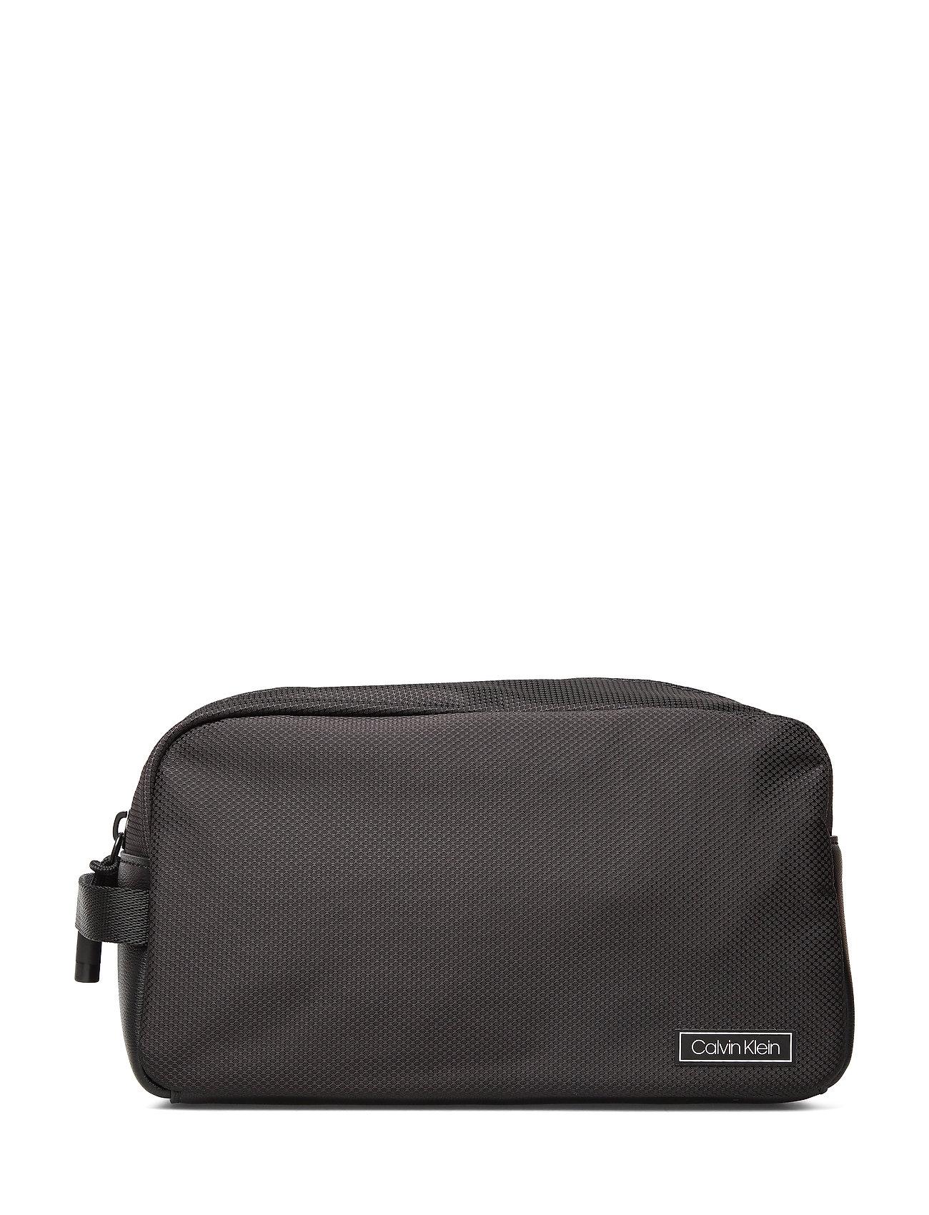 Calvin Klein CK PRO WASHBAG - BLACK