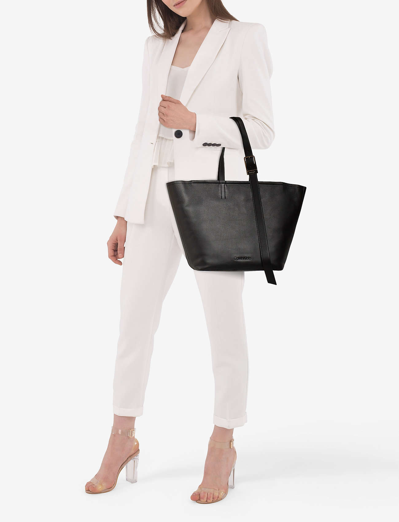 Calvin Klein STRAPPED SHOPPER - BLACK
