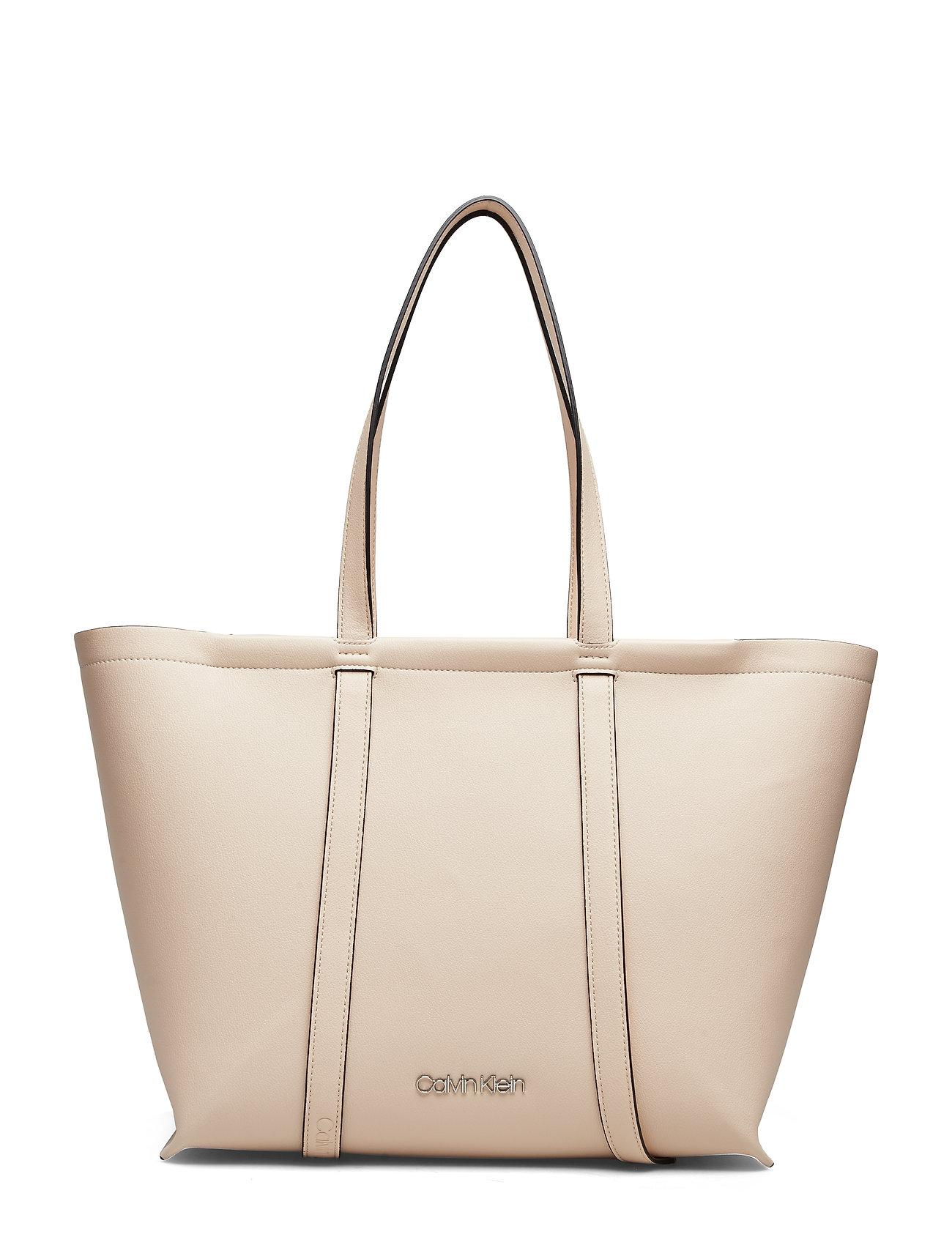 CALVIN KLEIN Slide Shopper Bags Shoppers Casual Shoppers Gelb CALVIN KLEIN