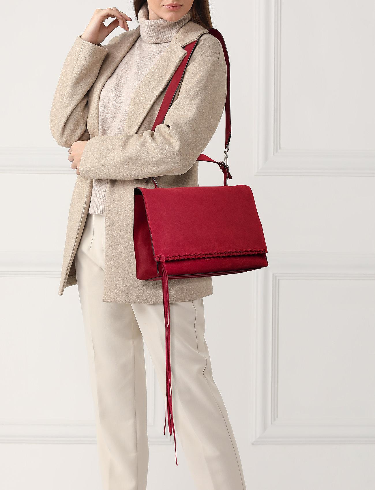 Calvin Klein FRINGE SATCHEL SU - BARN RED