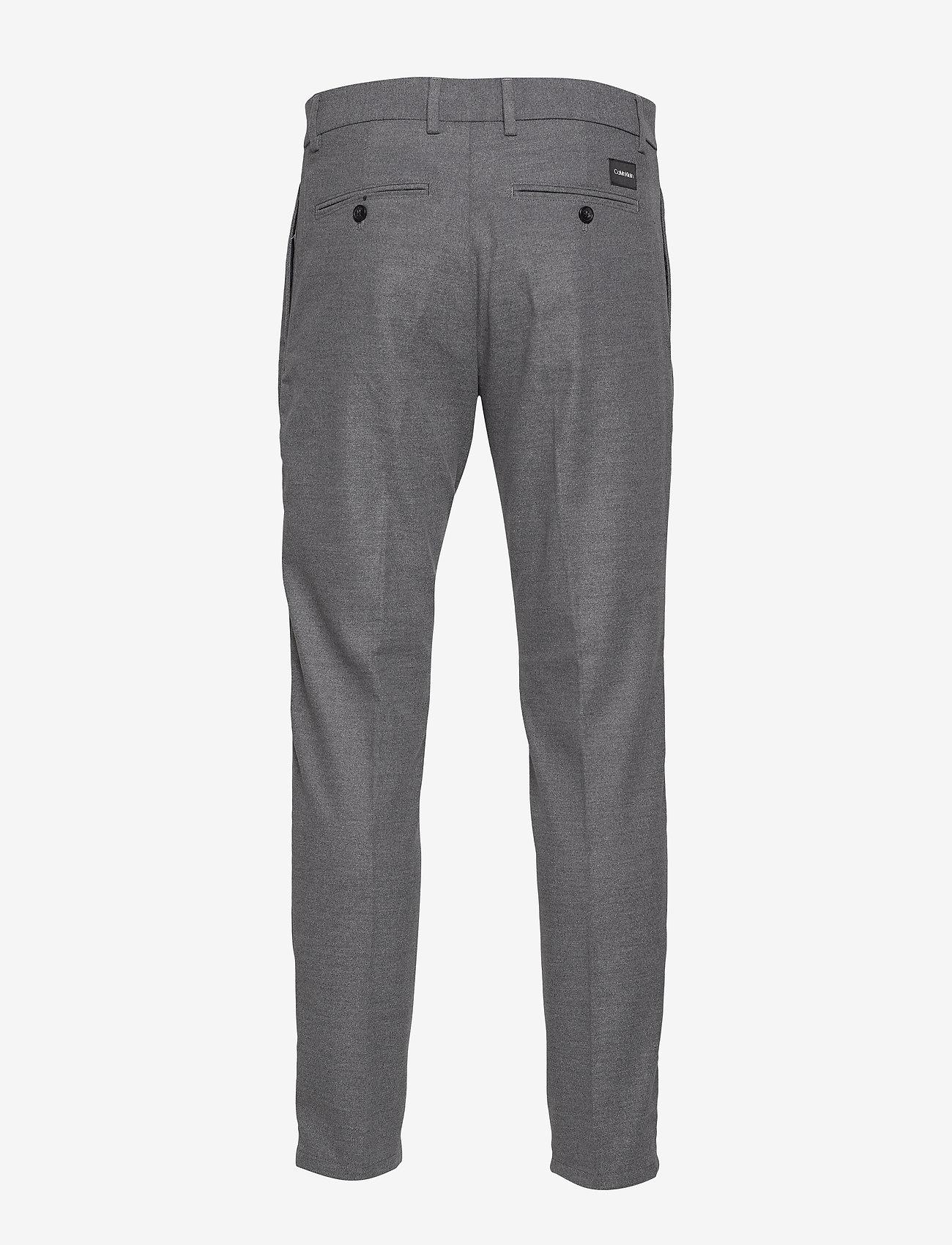 Tapered Pleat Melange Twill Pant (Medium Charcoal) - Calvin Klein etvcT1