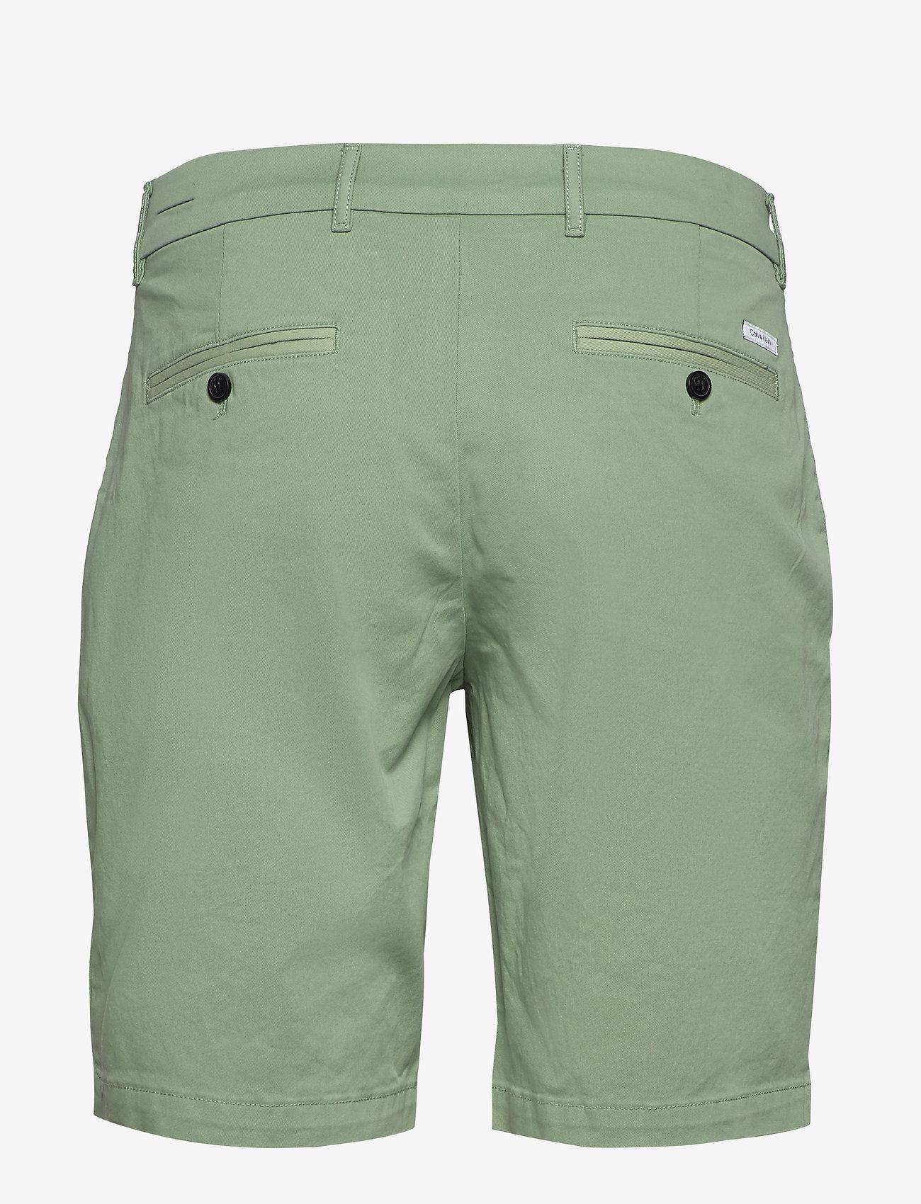 Calvin Klein - SLIM FIT GARMENT DYE - tailored shorts - granite green - 1