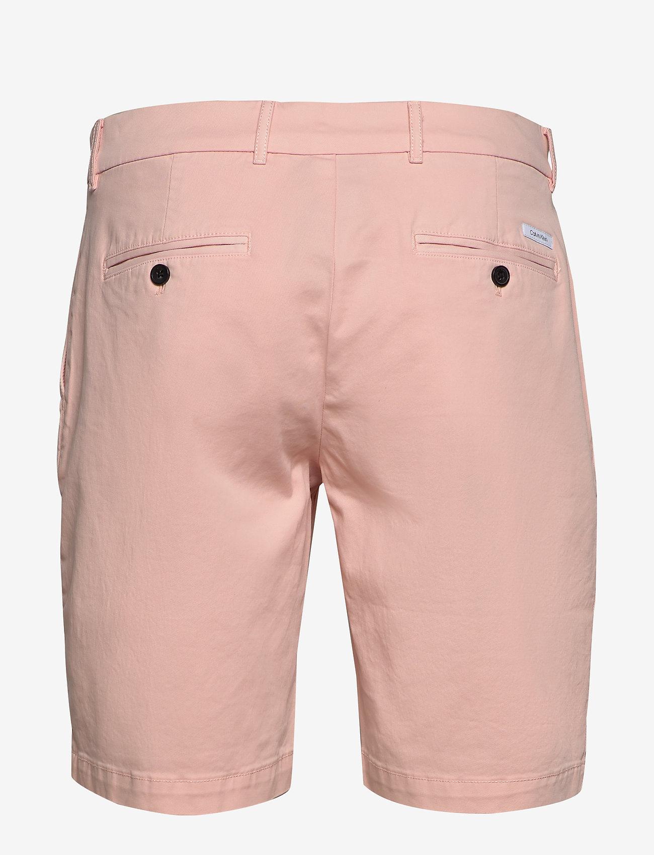 Calvin Klein - SLIM FIT GARMENT DYE - tailored shorts - nude lustre - 1