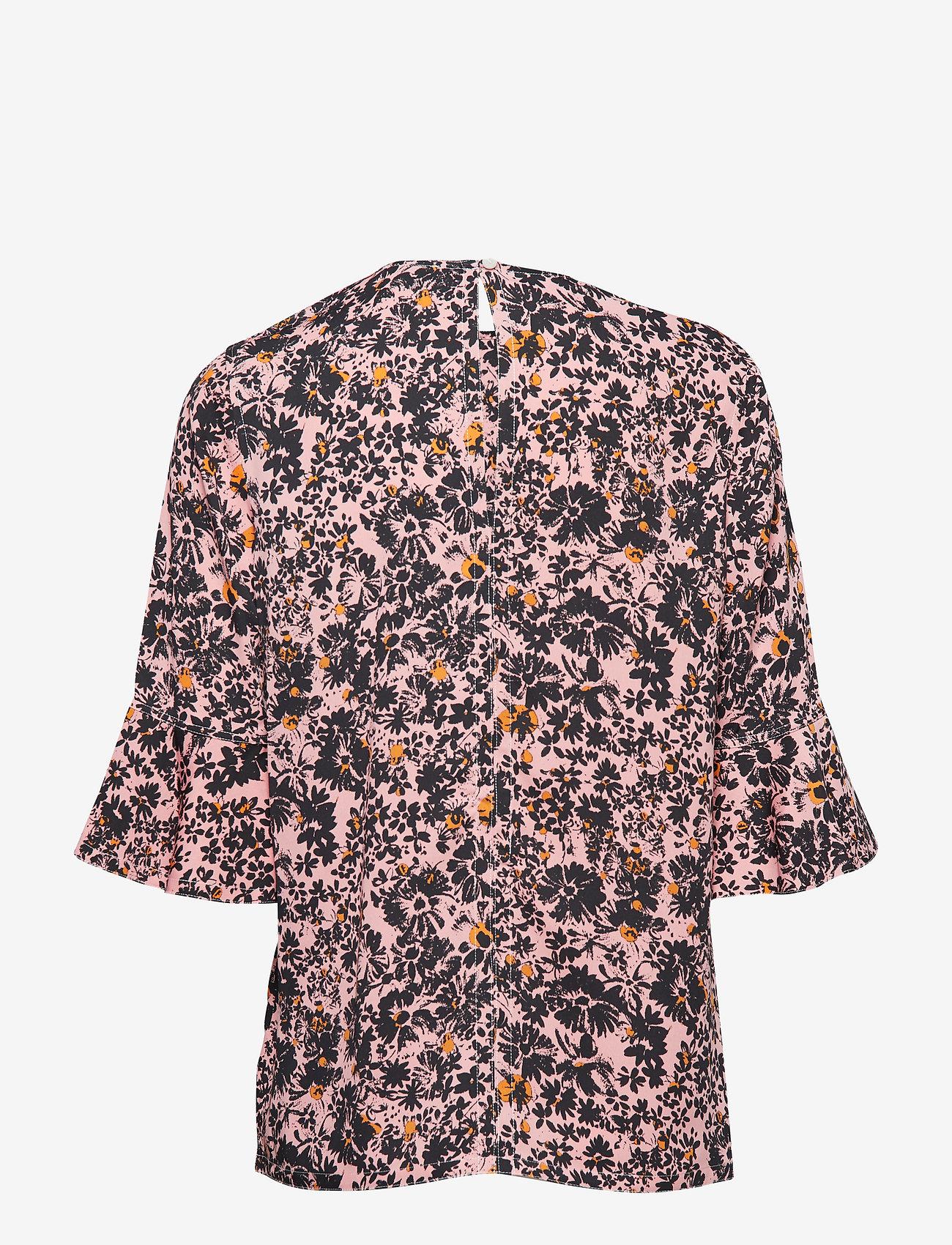 Prt Peplum Slv Blous (Blush Floral Large) (550 kr) - Calvin Klein